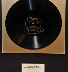 "GATES!! Lionel Hampton and his Quartet ""CHORD A-RE-BOP"" Framed 78 (Signed by Wynton Marsalis!)"